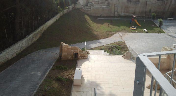 Parco attrezzato di quartiere via dei Ferrari - Foto #2344