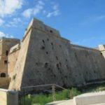 Locali siti al piano terra del Castello Angioino–Aragonese