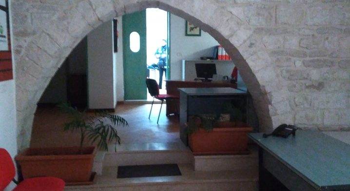 Immobile in via Piazza angolo via Macina - Foto #4458