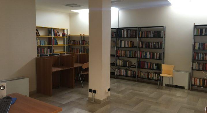 Biblioteca comunale di Ordona - Foto #5480